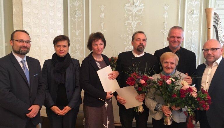 Filma 'Laika tilti' saņēmusi Lietuvas Kultūras ministrijas balvu