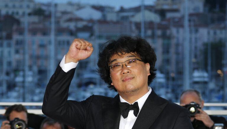 Kannu kinofestivāla 'Zelta palmas zaru' saņem filma 'Parasite'