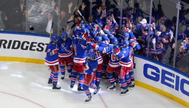'Rangers' izšķirošajā spēlē uzvar Ovečkinu un 'Capitals', iekļūstot Stenlija kausa pusfinālā