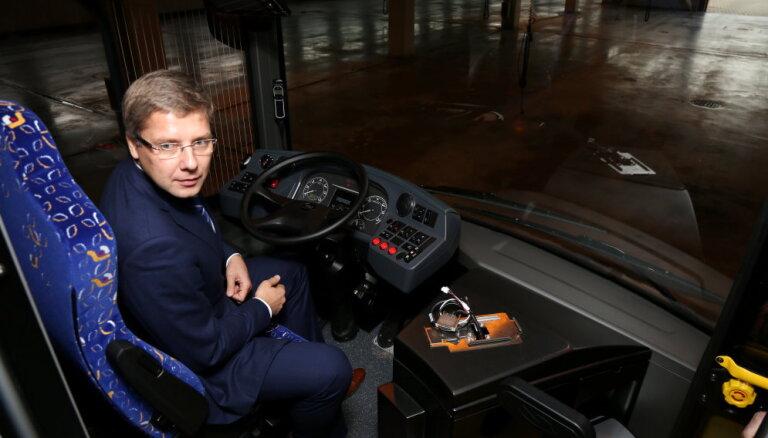 'Vēlama pieredze satiksmes jomā' – kādus kadrus meklē 'Rīgas satiksmes' padomei