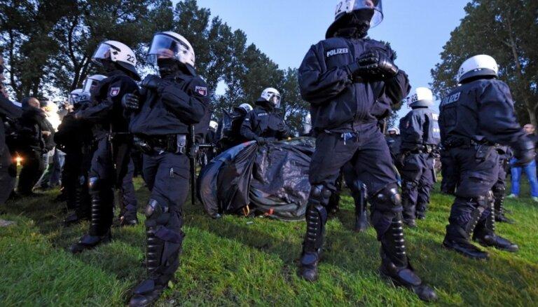В Германии растет число преступлений против политиков