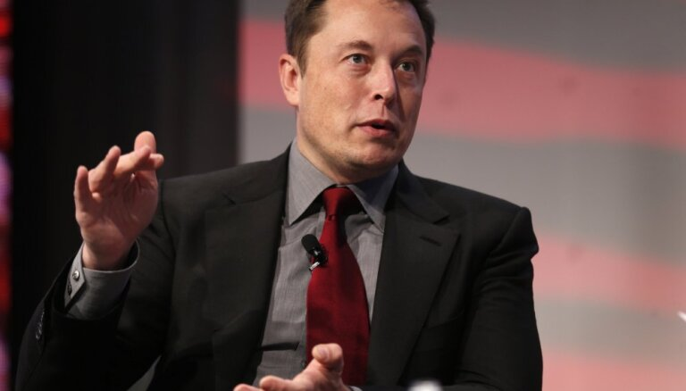 Илон Маск решил открыть кондитерскую фабрику после спора с Уорреном Баффетом