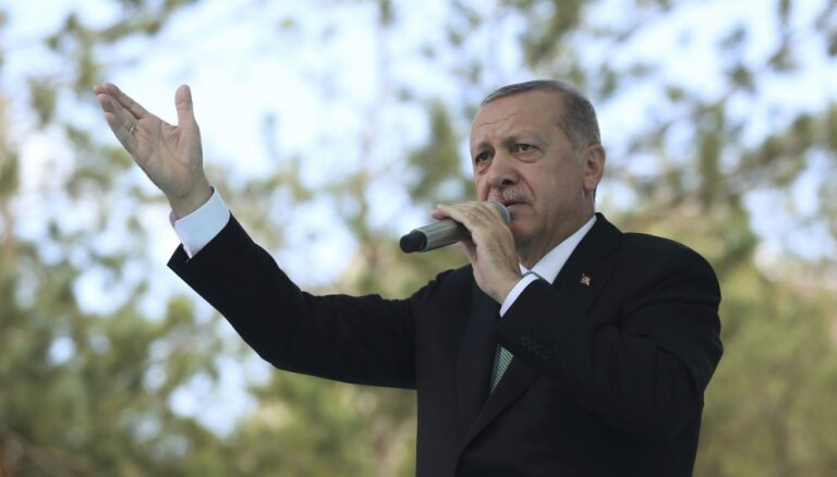 Эрдоган: Турция не откажется от российских комплексов С-400