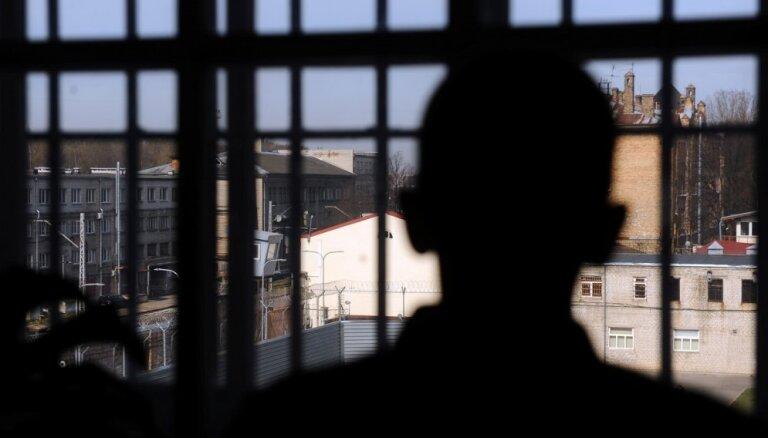 Par cilvēku tirdzniecību piespriež piecus gadus cietumā