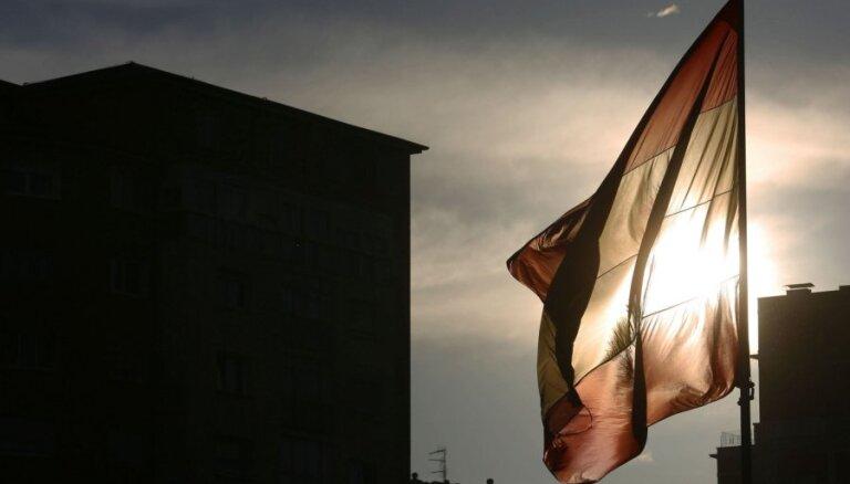 Испания против Латвии: россияне скупают недвижимость ради вида на жительство