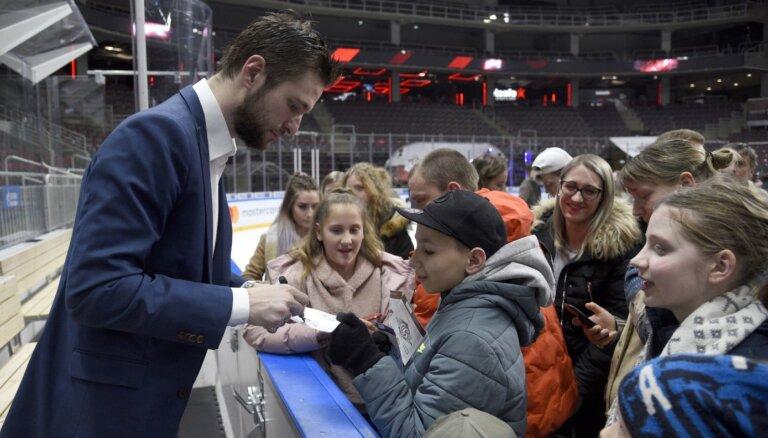 Rīgas 'Dinamo' apbalvots kā viens no labākajiem KHL klubiem darbā ar līdzjutējiem