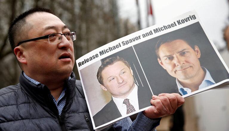 Ķīna pusotru gadu aizturētus kanādiešus apsūdz spiegošanā