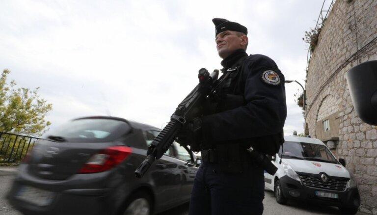 Разведка Франции назвала опасной деятельность чеченской общины