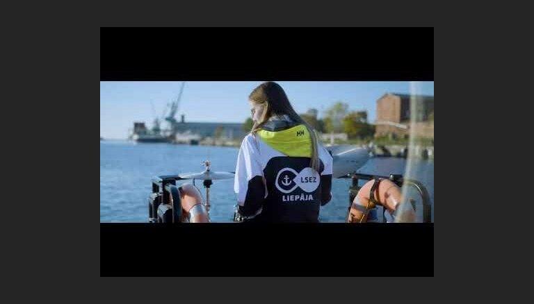 Mūzikas video Ulda Marhilēviča skaņdarbam 'Brīvības svīta'