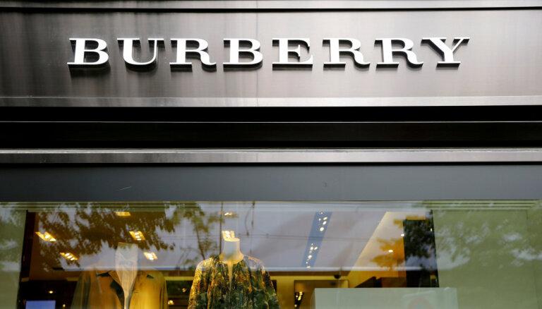 Burberry впервые за 20 лет сменила логотип
