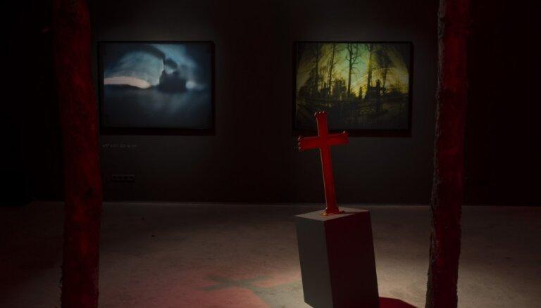 Kristians Brekte un Modris Svilāns izstādē 'Solaris'