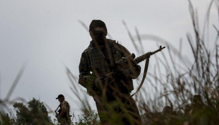 Donbasā kritušas trīs Ukrainas militārpersonas
