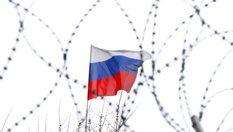 ES plāno paplašināt sankcijas pret Krieviju, ziņo mediji