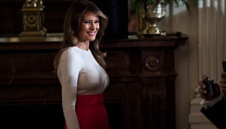 ФОТО: Наряд Мелании Трамп вызвал дискуссии о приличиях первой леди