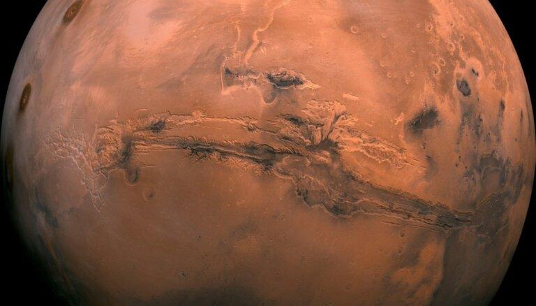 Par un ap Sarkano planētu: aicina uz diskusiju par Marsu