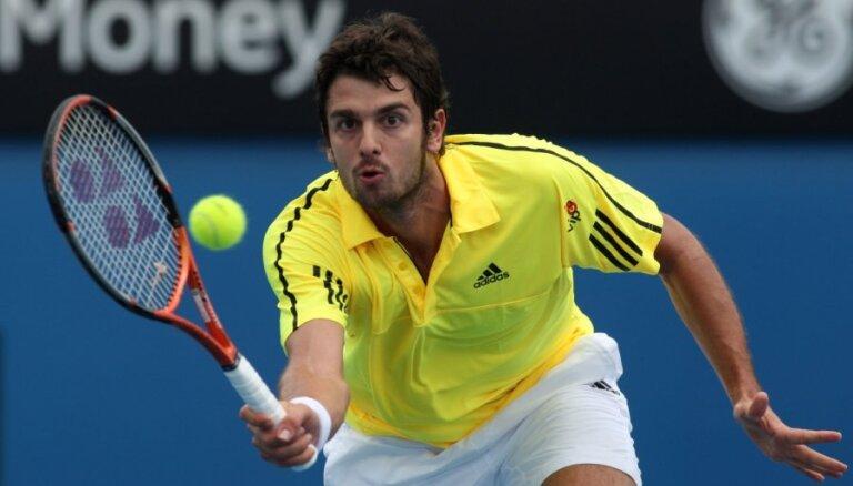 Horvātu tenisists Ančičs 26 gadu vecumā beidz karjeru
