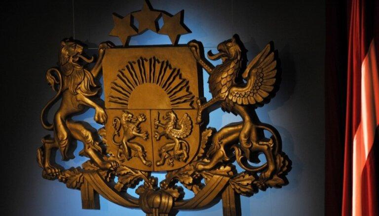 Valsts prezidents grib aizsargāt valsts ģērboni no iestāžu logotipiem
