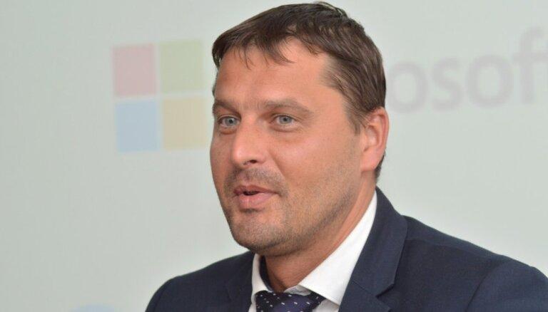 'Olimpiskā tūrisma' brēka Saeimā – 'sporta ministra' Severa vietā uz Phjončhanu grib sūtīt Šadurska biroja vadītāju
