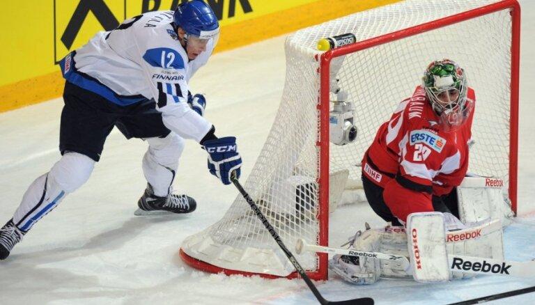 Somija PČ mačā pārliecinoši apspēlē Austriju
