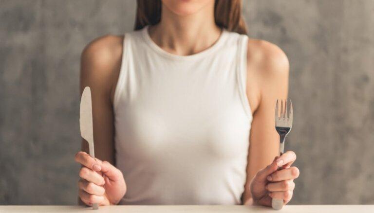 Pārāk maz kaloriju un uzturvielu: kas notiek ar organismu, ja uzturs ir nepietiekams