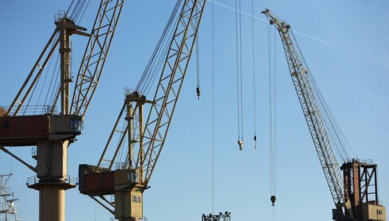 'Uralhim' līdz 2022. gadam plāno pārtraukt sauso minerālmēslu pārkraušanu Rīgas ostā