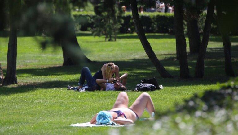 В пятницу в Латвии потеплеет до +23 градусов