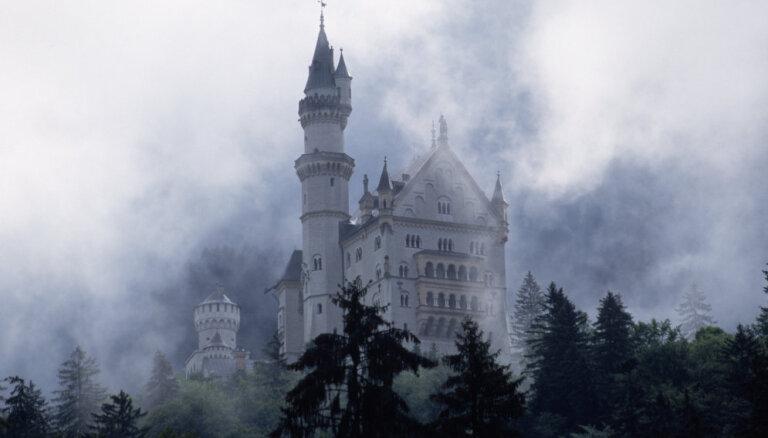 Туристические объекты Германии начали принимать криптовалюты