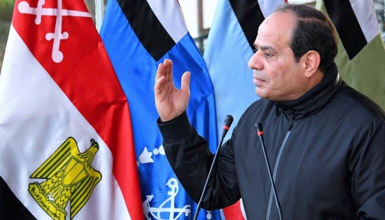 Ēģiptes prezidenta vēlēšanās ar 92% balsu uzvarējis Sisi