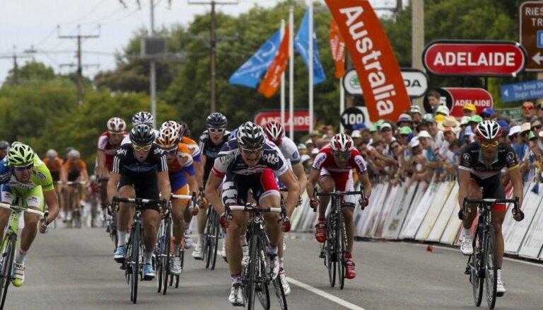 Smukulim 16.vieta velobrauciena 'Tour Down Under' pirmajā posmā