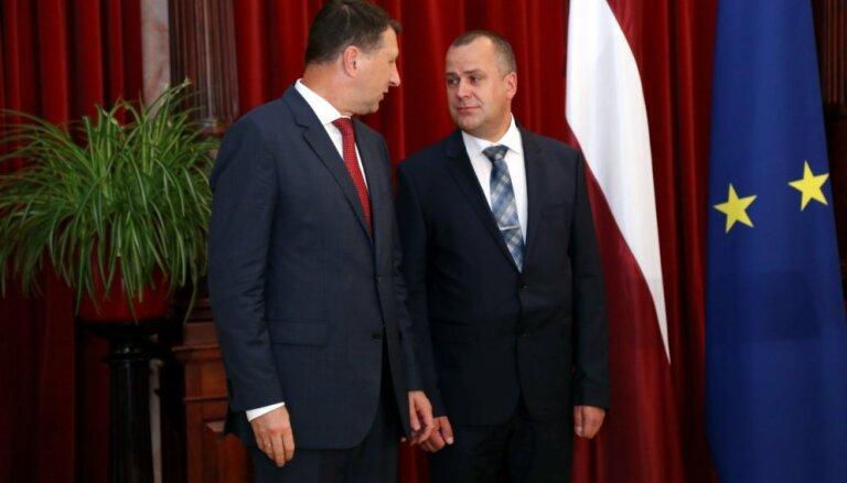 Koalīcijas partneri gaidīs oficiālu Vējoņa paziņojumu par Baika kandidatūru