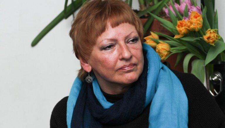 Gundega Repše saņēmusi Baltijas Asamblejas balvu literatūrā