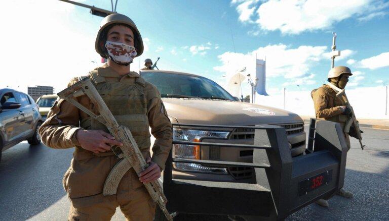 Lībijā uzbrukts Nacionālās vienotības valdības ministra autokolonnai