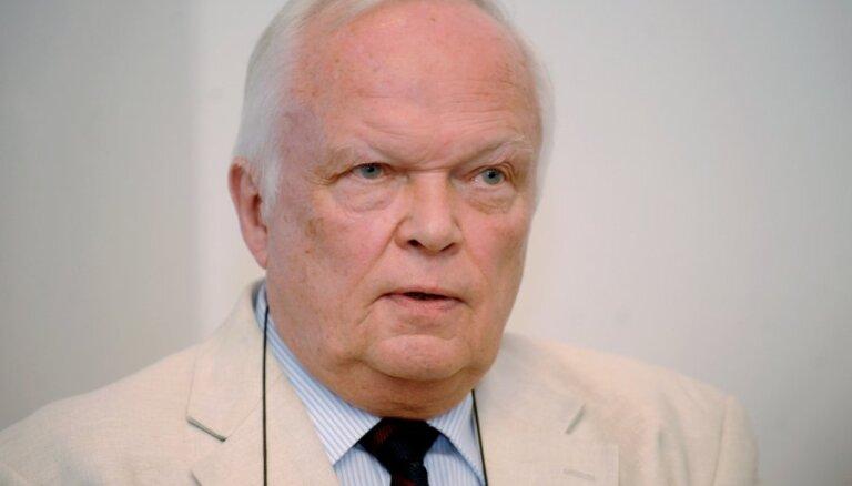 Deputāts Liepiņš rosina nolīgt hakerus interneta vēlēšanu sistēmas testēšanai