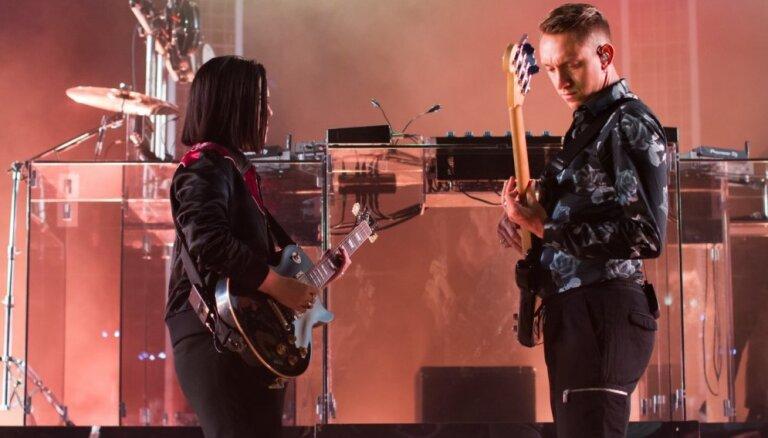 Divas dažādas grupas. 'The xx' koncerta Siguldā apskats