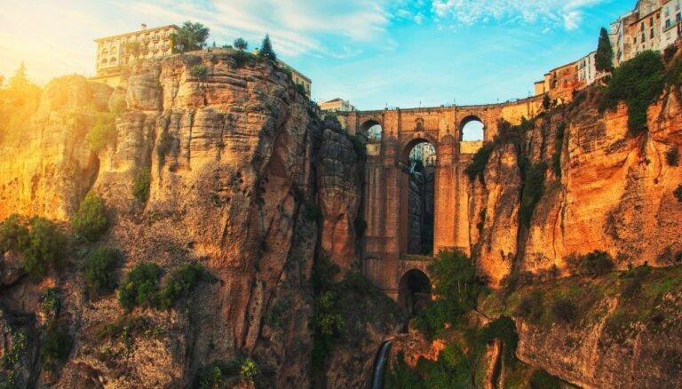 Прощай, Барселона! Топ-5 самых потрясающих городов Испании