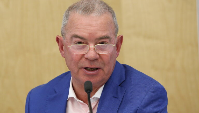 СЗК не спешит рвать отношения с попавшим под санкции Лембергсом