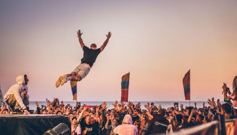 ФОТО: Первый день фестиваля Summer Sound на лиепайском пляже