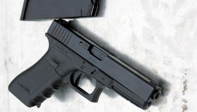 Līdz pirmdienai policija būs izstrādājusi jaunu ieroču klasifikatoru atbilstoši ES direktīvai