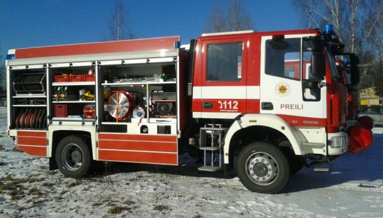 Otrdien ugunsgrēkā Rīgā gāja bojā viens cilvēks