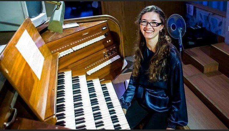 В Домском соборе прозвучат все органные токкаты Баха в исполнении Елены Приваловой