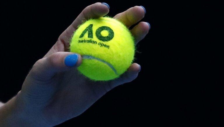 Latvijas jaunā tenisiste Bartone pārvar arī 'Australian Open' junioru turnīra 1/8 finālu
