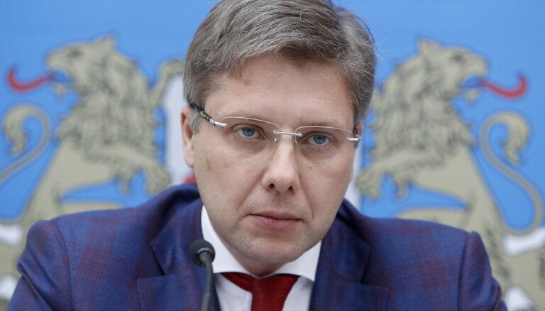 Piektdien izšķirsies Ušakova nākotne Rīgas domē