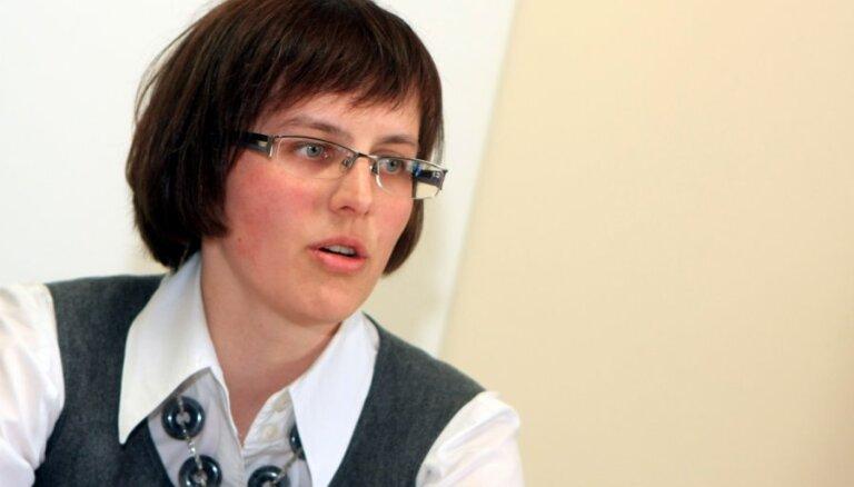 Министра Шадурскиса упрекают в выдаче желаемого за действительное при обсуждении школ нацменьшинств