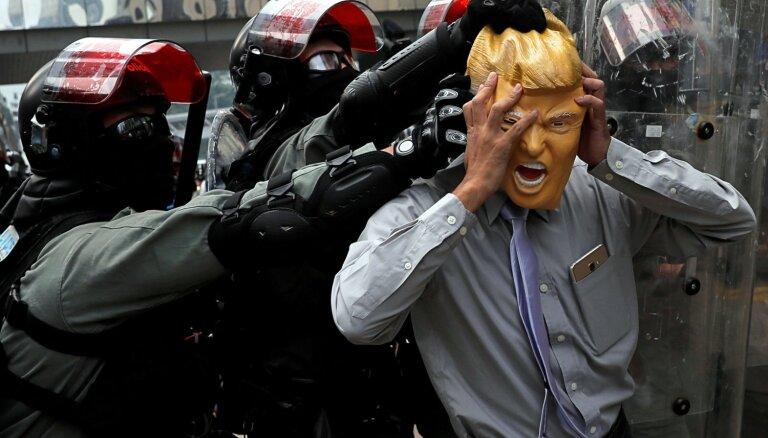 Президент США подписал закон о поддержке демократии в Гонконге