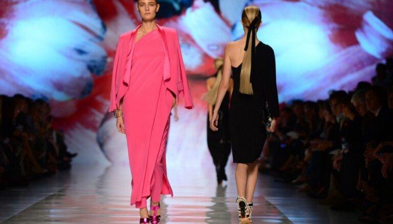 Яркость красок и цыганские мотивы в коллекции Etro на Миланской неделе моды