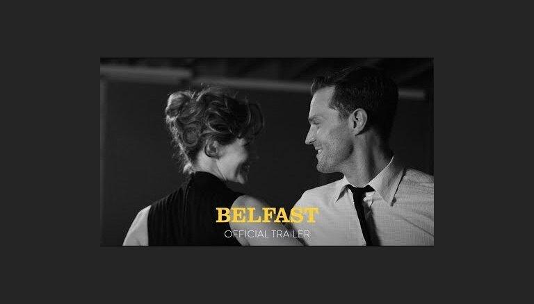 'Belfast' treileris: Mīlestība, smiekli un sāpes Belfāstā caur maza zēna acīm