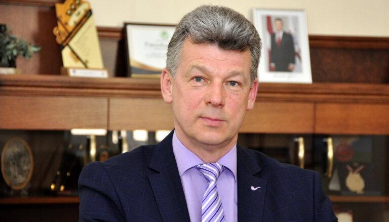 Neskatoties uz koalīcijas izjukšanu, Daugavpils mērs Eigims devies komandējumā uz Gruziju