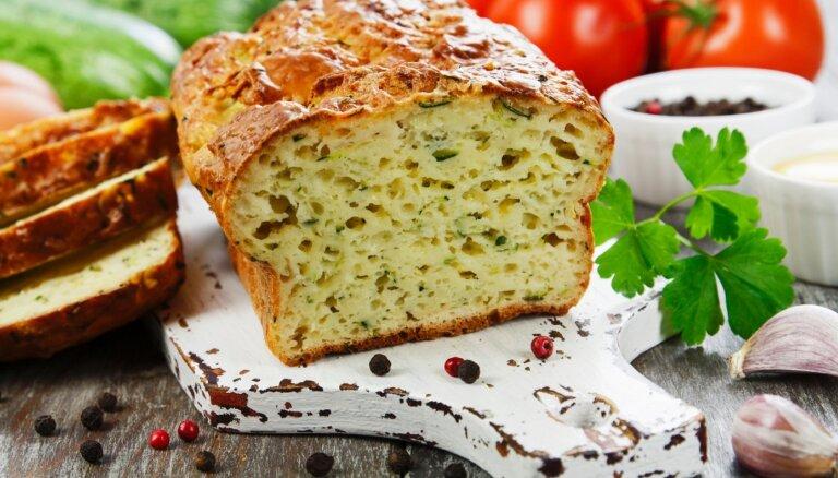 Garšām bagātīgās dārzeņu maizes – kā viegli izcept mājās