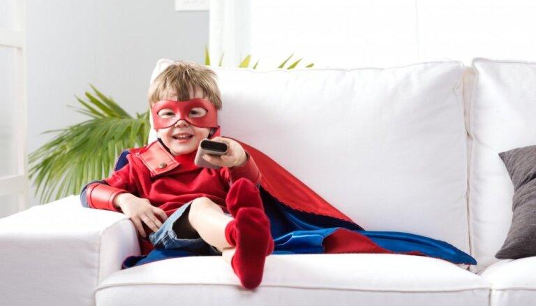 ES mājā īpašā nodarbībā ģimenēm mācīs medijpratību un stāstīs par bērnu drošību internetā