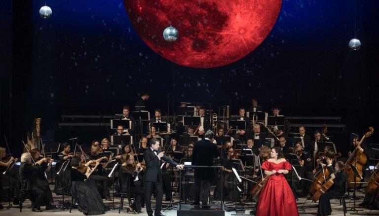 Foto: Latvijas Nacionālajā operā sākušies greznie Gadumijas koncerti